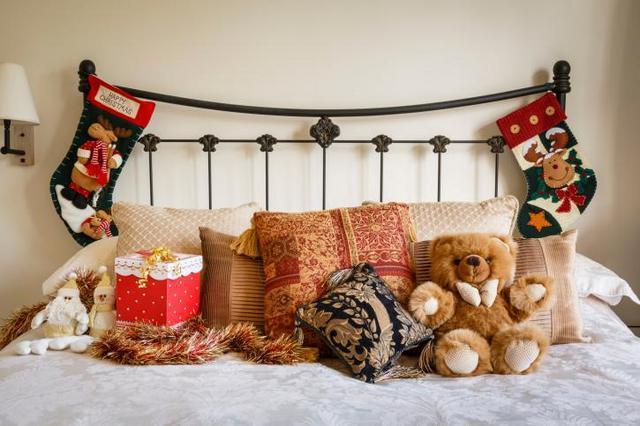 Design camera da letto a prova di Natale? La befana aspettala a letto