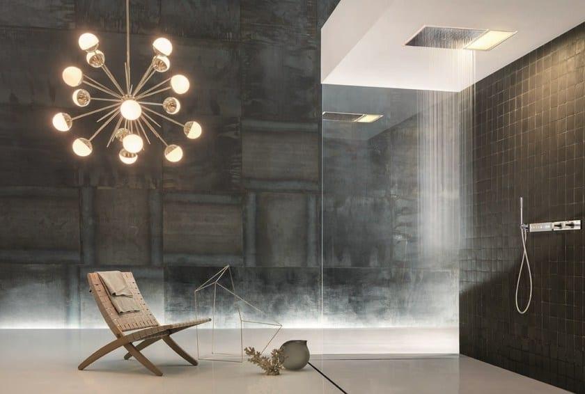 Illuminare lo spazio doccia per un ambiente di design a tutto tondo