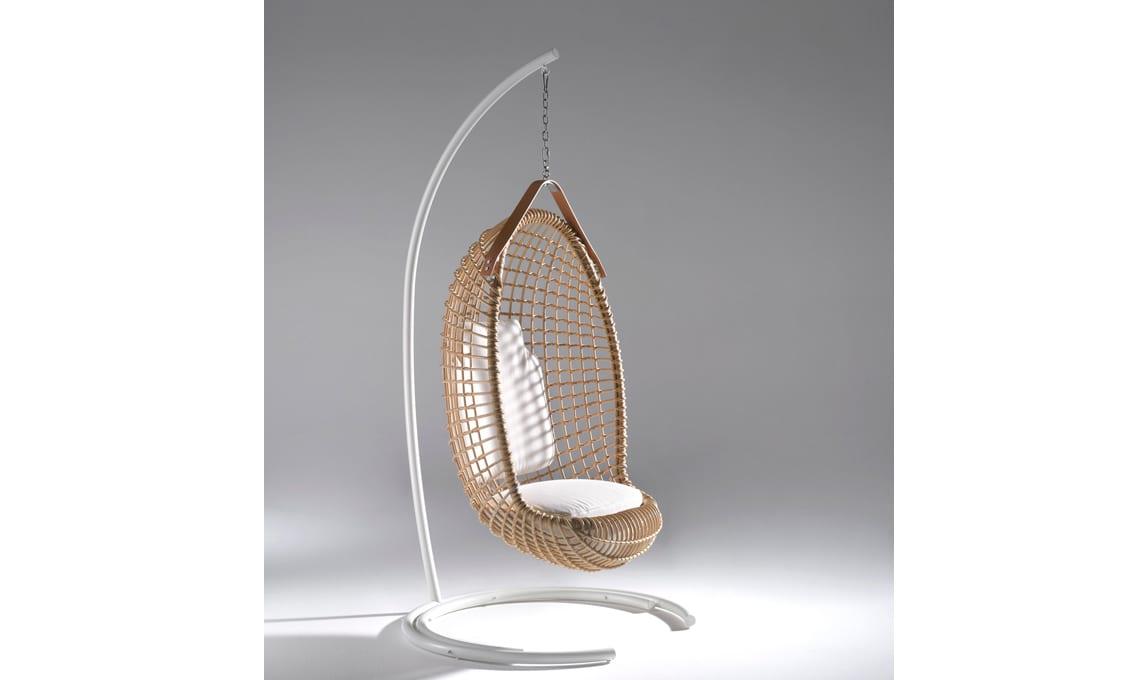 Eureka è la sedia a sospensione con struttura autoportante