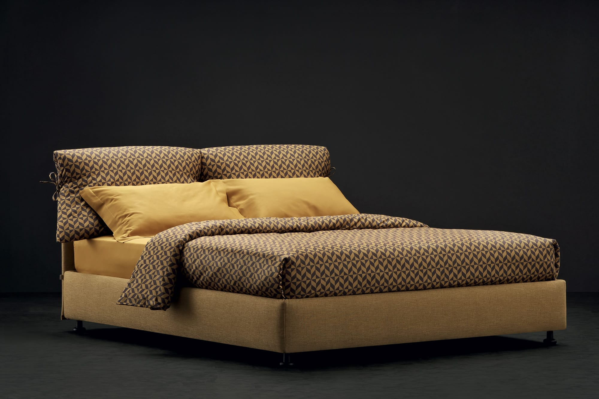 Nathalie di Flou è un must tra le idee per la camera da letto di design