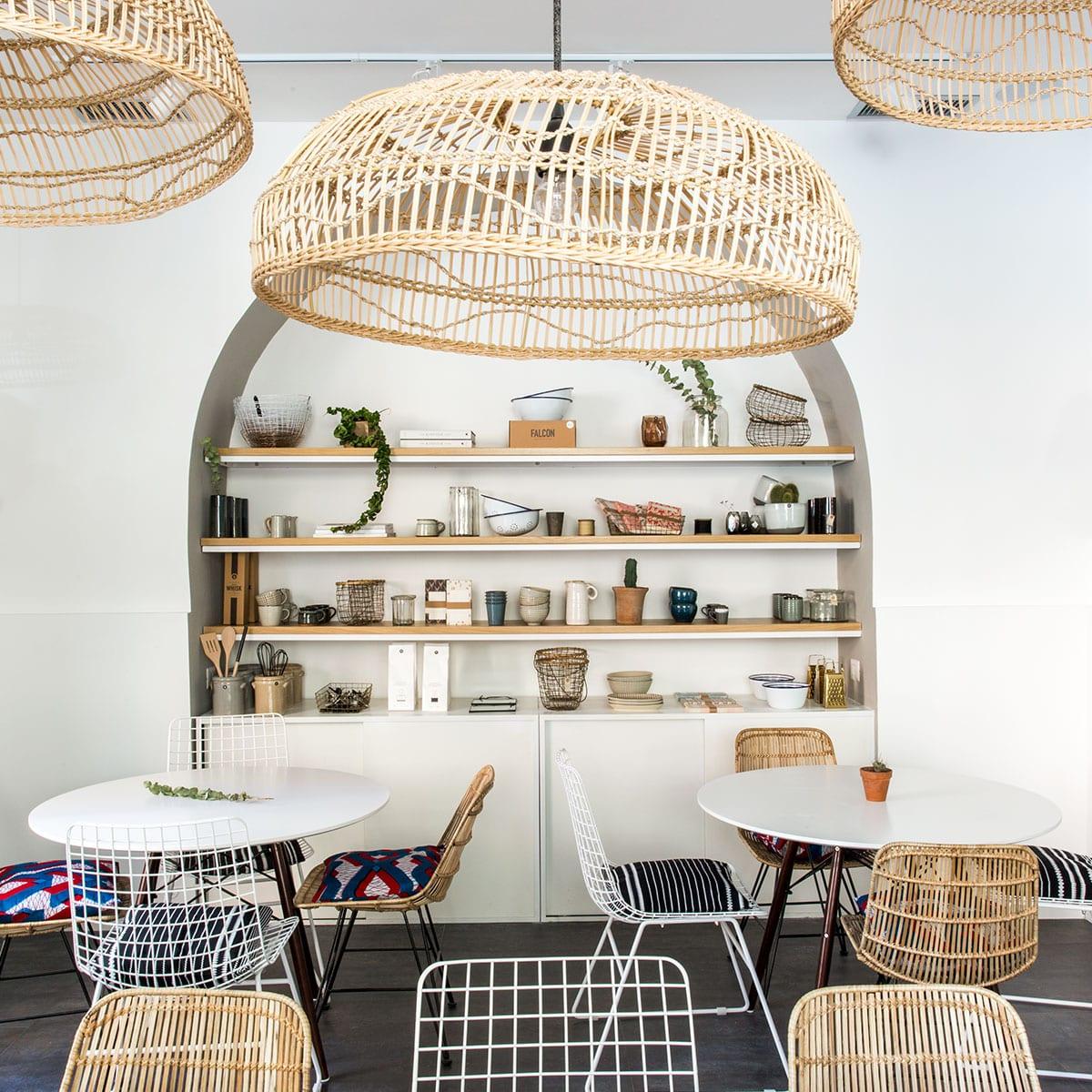 Tra i locali alla moda della capitale, Materia si distingue per il suo design semplice e duraturo