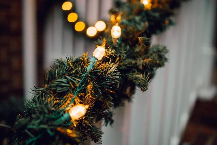 Disgn camera da letto a tema natalizio con le lucine...di Natale!