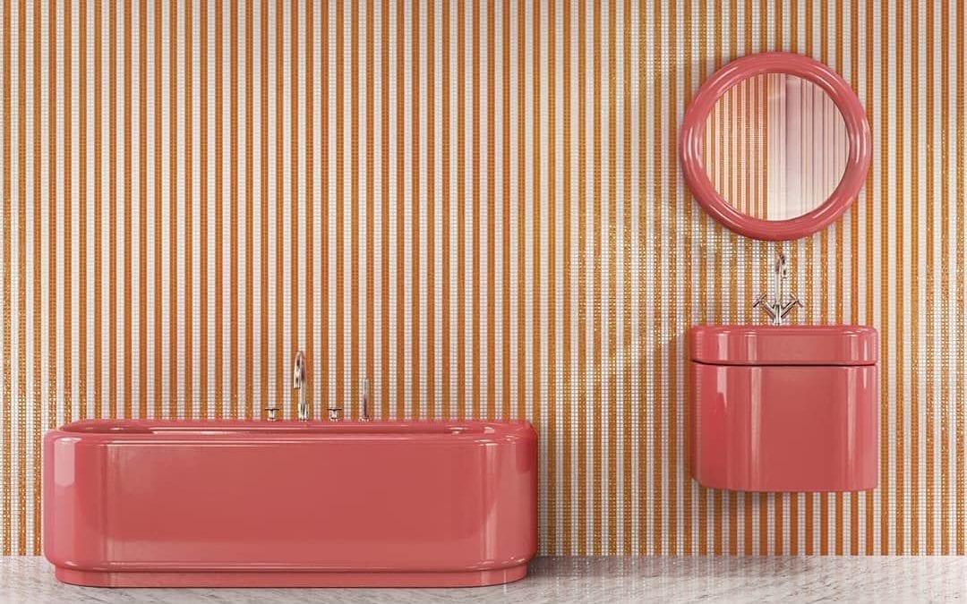 Ispirazioni color corallo per un bagno non convenzionale